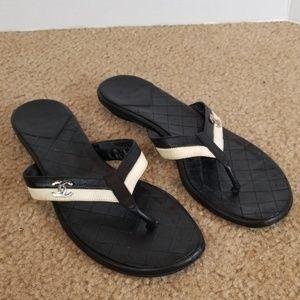 💥CHANEL Flip Flops